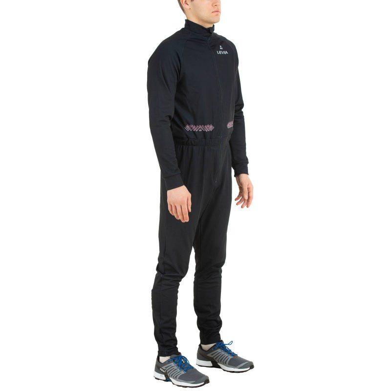 Siltais treniņtērps